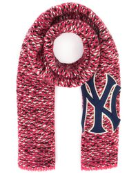 Gucci New York Yankees Patch Scarf - Pink