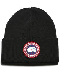 1887d9d4700 Lyst - Canada Goose Ribbed Logo Beanie in Black for Men