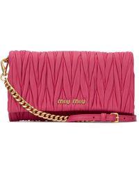 Miu Miu Matelassé Chain Strap Clutch - Pink