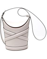 Alexander McQueen - Medium Curve Bucket Bag - Lyst