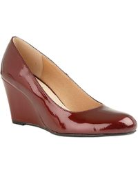 Lotus Cache Womens Patent Wedge Court Shoe - Red