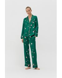 Chinti & Parker Green Silk Star Pyjama Set