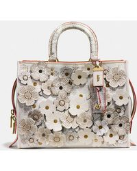 COACH - Rogue In Glovetanned Leather With Exotic Tea Rose - Lyst