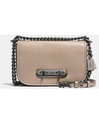 4d6ff5984a84 COACH - Swagger Shoulder Bag 20 In Glovetanned Leather - Lyst