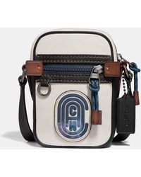 COACH Dylan 10 With Patch - Black