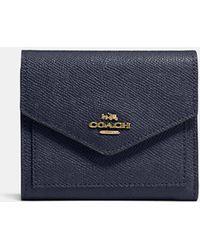 COACH - Small Wallet In Crossgrain Leather - Lyst