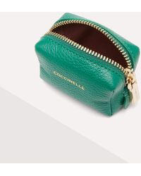 Coccinelle Trousse Small The Leather Is Treated With Special Machines And Then Tumbled To Keep Its Softness - Green