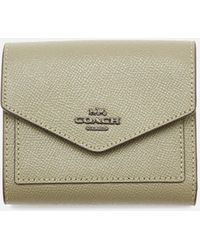 COACH Crossgrain Leather Small Wallet - Green