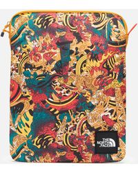 The North Face 's Flyweight 13 Inch Laptop Sleeve - Multicolor