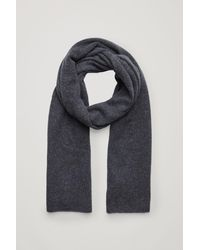 COS Unisex Knitted Cashmere Scarf - Gray