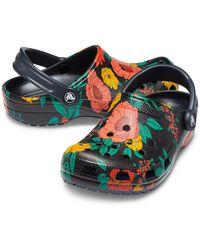 Crocs™ Classic Printed Floral Klompen - Zwart