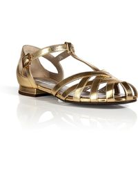 Marc Jacobs Strappy Flat Leather Sandals In Gold - Lyst
