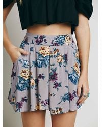 Free People Flower Field Print Skort purple - Lyst
