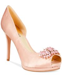 Nine West Finest Platform Evening Pumps - Lyst