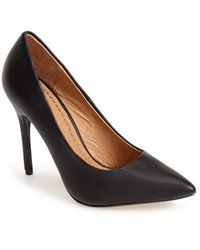 Chinese Laundry 'Neapolitan' Pointy Toe Pump - Lyst