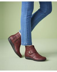 DAMART Boots for Women - Up to 60% off