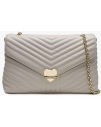 0e828d520e69 Valentino By Mario Valentino - Large Rapunzel Beige Quilted Shoulder Bag -  Lyst