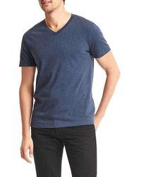 Gap - Essential V-neck T-shirt - Lyst