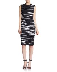 Versace Graphic-Print Sheath Dress black - Lyst