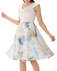 Coast - Floral Print 'kira' Organza Dress - Lyst