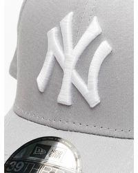 KTZ Männer Flexfitted Cap League Basic NY Yankees 39Thirty - Grau
