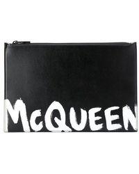 Alexander McQueen Contrast Logo Print Clutch - Black