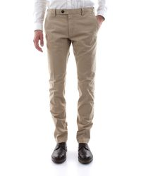 AT.P.CO Pantalone chino realizzato in morbido cotone stretch, vestibilità slim fit - Neutre