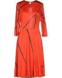 Issa Knee-Length Dress red - Lyst