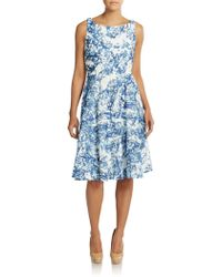 Vera Wang Abstract Print Lace Dress blue - Lyst