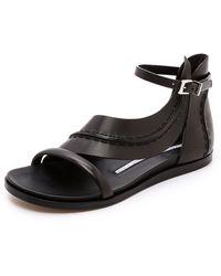 Camilla Skovgaard - Flat Leaf Sandals - Lyst