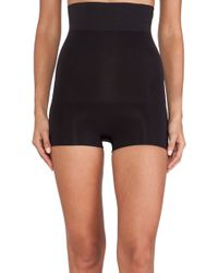 Spanx Haute Contour High Waisted Shorty - Lyst