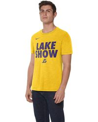 7aac094f adidas Originals Men's Los Angeles Lakers On Court Graphic Aeroknit ...