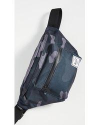 Herschel Supply Co. Seventeen Hip Pack - Multicolor