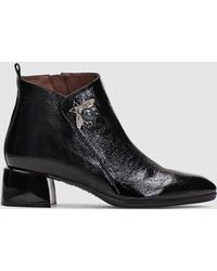 Hispanitas - Black Patent Leather Ankle Boots With Brooch Decoration - Lyst