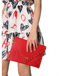 Moschino Leather Clutch With Teddy Studs - Red