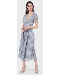 Emporio Armani Vestido largo de chifón con estampado a cuadros 3D y escote de pico - Gris