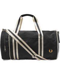 Fred Perry Authentic - Fred Perry Twin Tipped Barrel Bag - Lyst