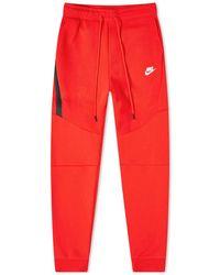 Nike Tech Fleece Jogger - Red