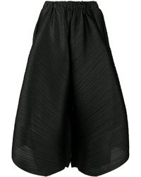 Pleats Please Issey Miyake Pleated Wide Leg Shorts - Black
