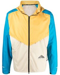 Nike Windrunner Colour-block Windbreaker - Yellow