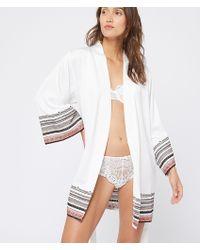 Etam Kimono de satén motivos étnicos - Blanco
