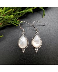 Etsy Q925 Sterling Silver Mother Of Pearl Dangle Earrings - White