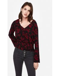 Express - Floral Banded Bottom Bell Sleeve Top Black Print - Lyst