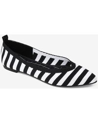 Express Journee Collection Comfort Foam Tayleen Pointed Flats Black And White Print 7