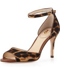 Vc Signature - Nilah Leopardprint Calf Hair Sandal Natural - Lyst