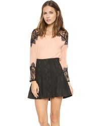 Alice + Olivia Alice  Olivia Danyelle Lace Shoulder Top  Nude Lip - Lyst