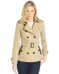 Burberry Honey Cotton Leather Trim Double Breasted Belted Short Trench Coat - Lyst