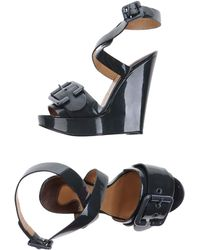 Chloé Sandals gray - Lyst