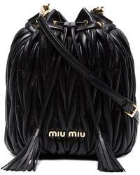 Miu Miu マテラッセ ドローストリングバッグ - ブラック