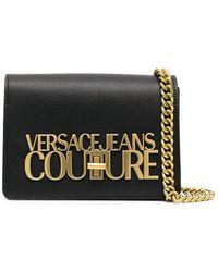 Versace Jeans Couture - Umhängetasche mit Logo-Schild - Lyst